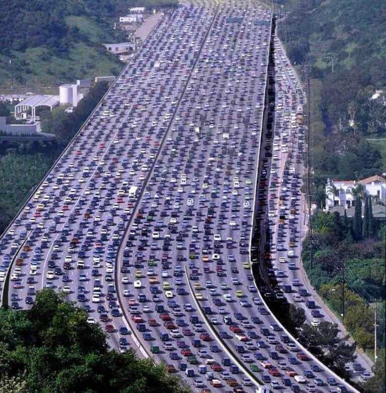 Experiencing Los Angeles: Experiencing THE 405 Freeway